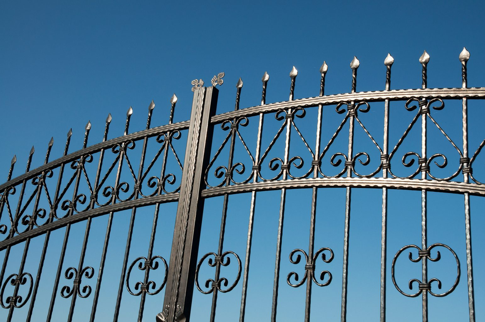 Electric Wrought Iron Gates Wakefield Amp Castleford Total