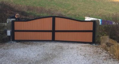 Wood and steel gate installation